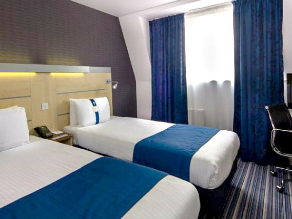 A twin room at Holiday Inn Express Southwark is perfect for two guests