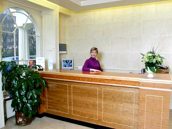 Orchard Hotel has a 24-hour reception so there is always someone to help