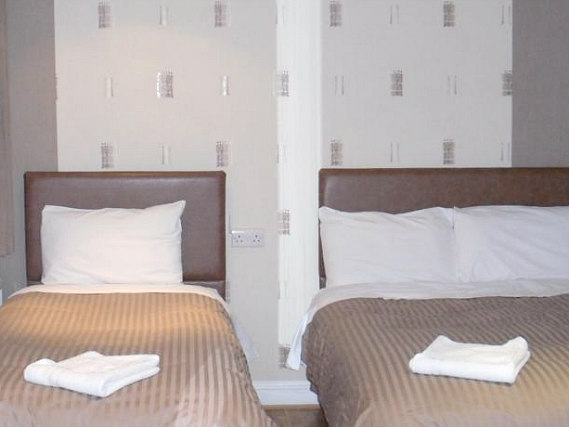 Triple rooms at Linden House Hotel are the ideal choice for groups of friends or families