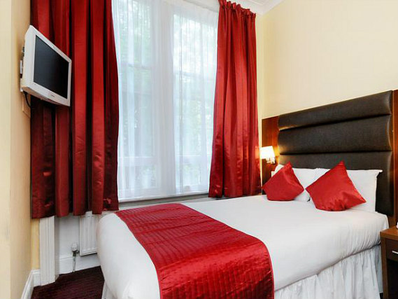 Double Room at Lord Jim Hotel London Kensington