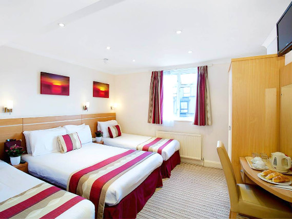 Quad rooms at Queens Park Hotel are the ideal choice for groups of friends or families