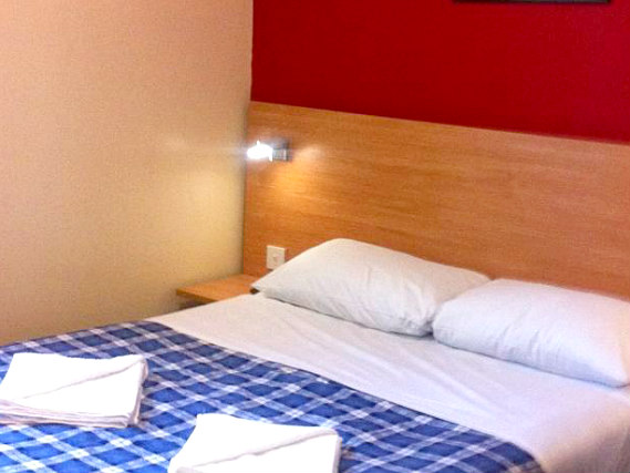 A double room at Colliers Hotel is perfect for a couple