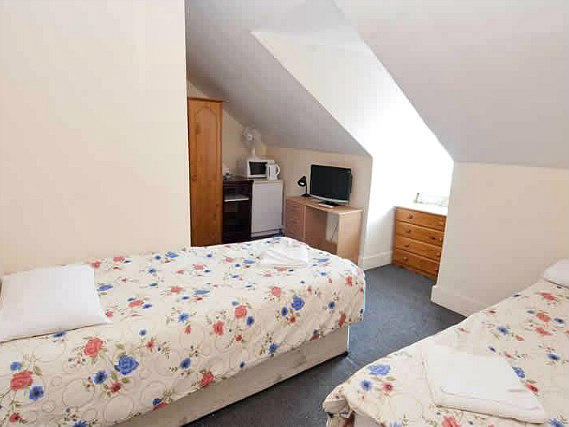 A twin room at Stratford Hotel London is perfect for two guests