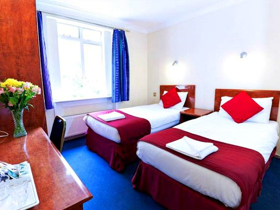 A twin room at Hyde Park Whiteleaf Hotel is perfect for two guests