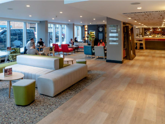 Common areas at Holiday Inn Camden Lock