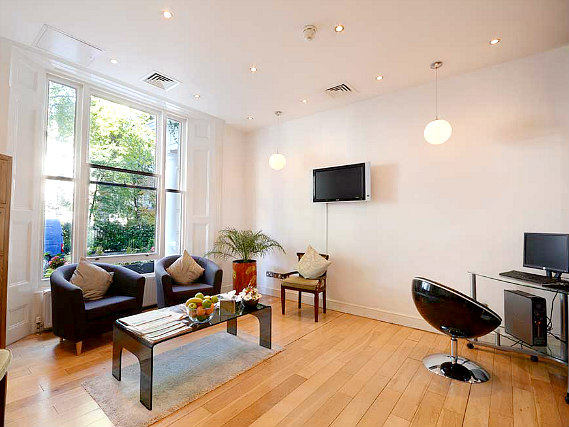 Relax in the lounge at Shaftesbury Premier Notting Hill