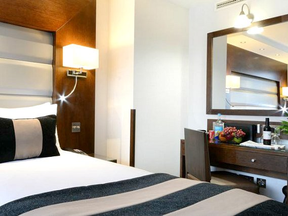 Single rooms at Shaftesbury Kensington Hotel provide privacy