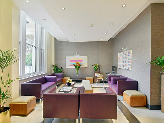 Relax in the lounge at Shaftesbury Premier London Hyde Park Hotel