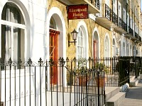 Elmwood Hotel, on the doorstep of Kings Cross St Pancras