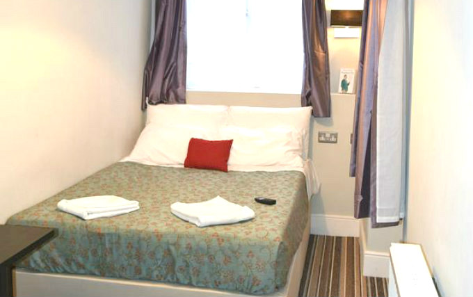 Double Room at Plaza Hotel Hammersmith