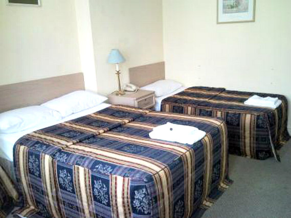 A typical triple room at Hayesthorpe Hotel Croydon