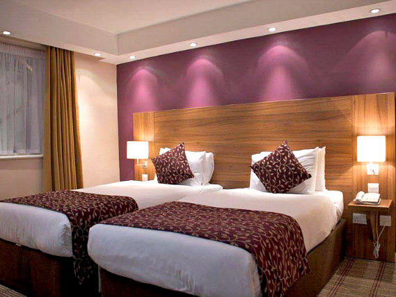 A twin room at City Continental London Kensington