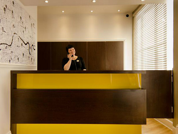 Comfort Inn London - Westminster has a 24-hour reception so there is always someone to help