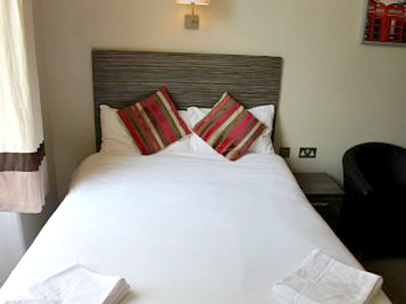 Habitacion doble en Sara Hotel London