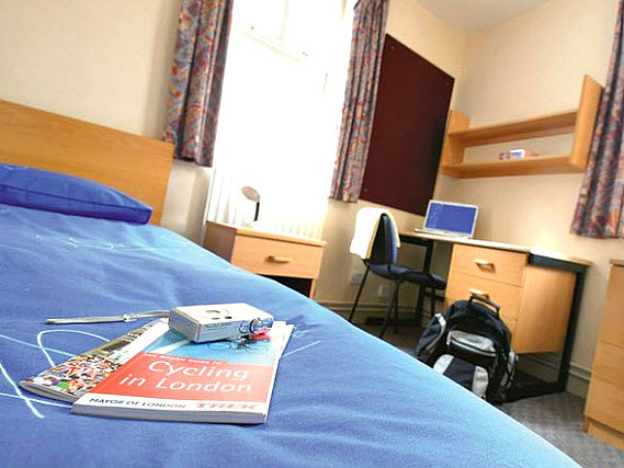 A comfortable single rooms at Alexander Fleming House
