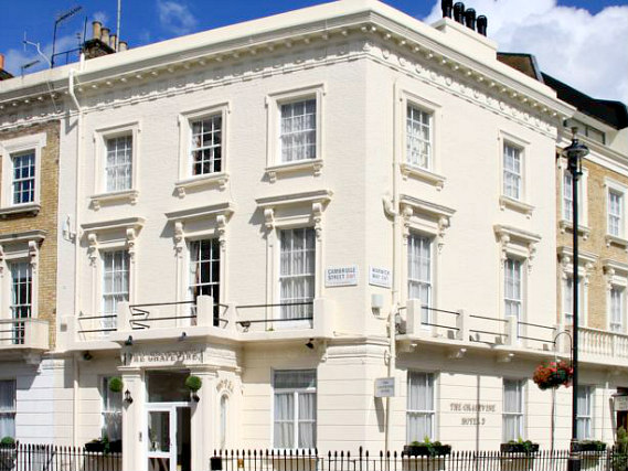 Grapevine Hotel is situated in a prime location in Victoria close to Eccleston Square