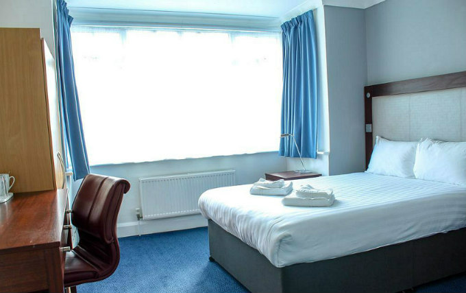 A typical double room at Heathrow Lodge