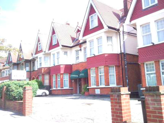 Hayesthorpe Hotel Croydon is situated in a prime location in Croydon