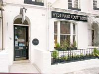 The attractive exterior of the Hyde Park Court Hotel