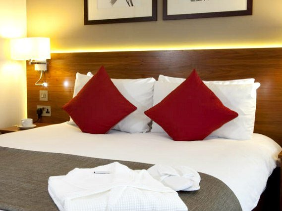 Relax inChambre double de Best Western Palm Hotel London the private bathroom in your room