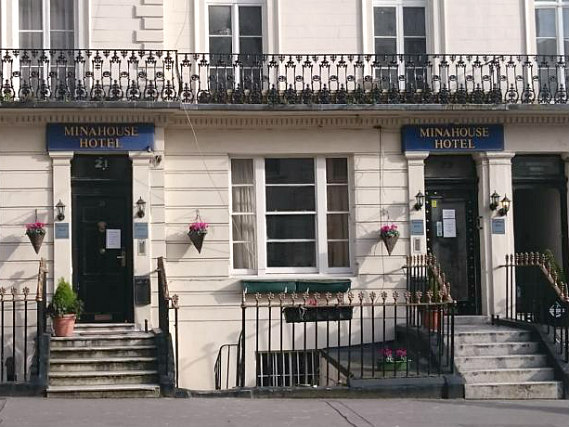 Mina House Hotel London is situated in a prime location in Paddington close to Queensway