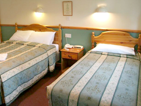 Get a good night's sleep in your comfortable room at Gatwick Belmont