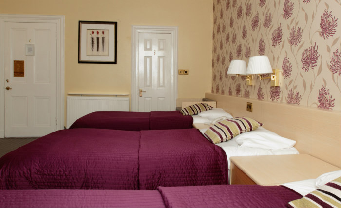 Une chambre triple de Manor House London