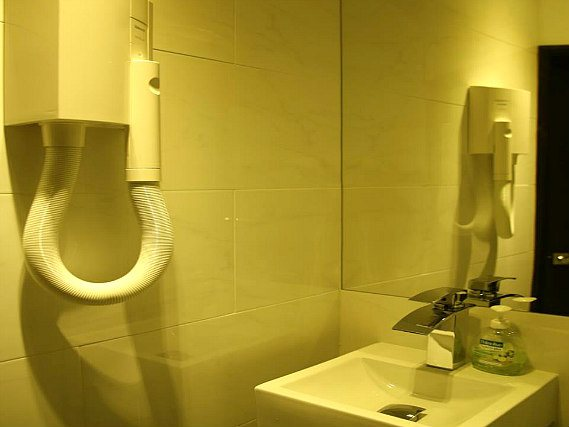A typical bathroom at Exhibition Court Hotel 4