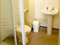 The majority of rooms at Bankside House have ensuite shower facilities