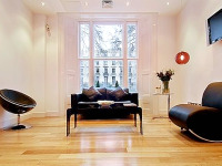 The clean and attractive interior of the Shaftesbury Premier Notting Hill