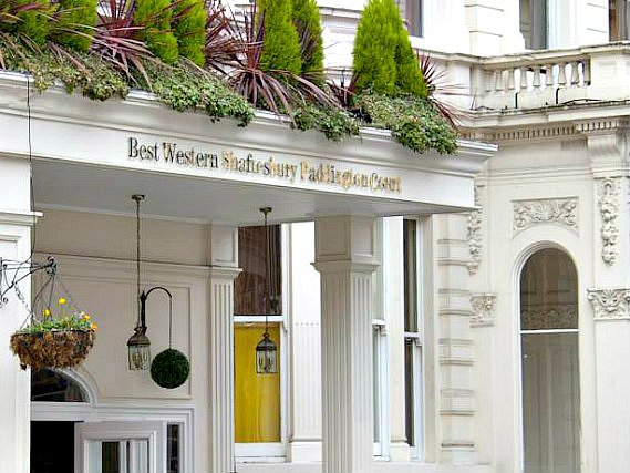 Best Western Paddington Court Suites is situated in a prime location in Paddington close to Hyde Park