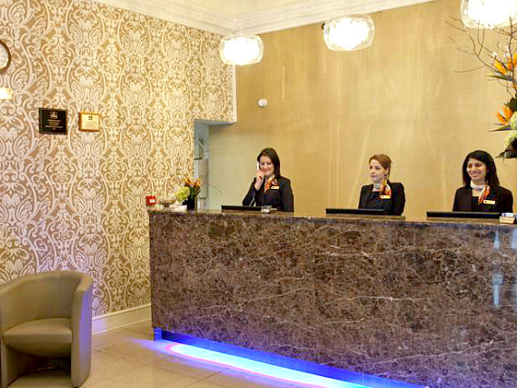 Best Western Paddington Court Suites has a 24-hour reception so there is always someone to help
