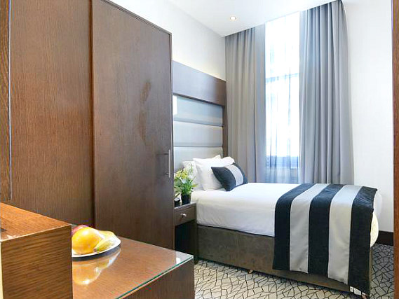 Single rooms at Best Western Paddington Court Suites provide privacy