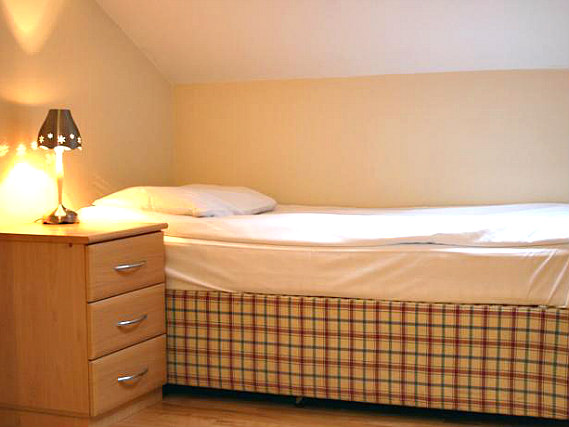 Single rooms at Earls Court Studios provide privacy