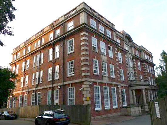 Furnival House is situated in a prime location in Highgate close to Lauderdale House