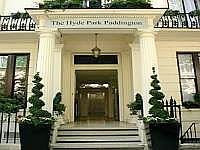 The Entrance to The Shaftesbury Hyde Park Paddington