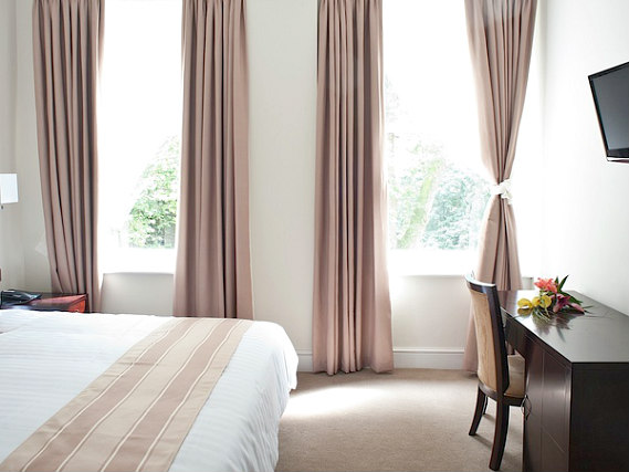 A typical double room at Abcone Hotel London
