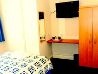Heathrow Lodge single room