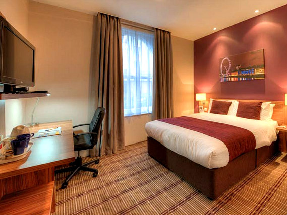 A double room at Comfort Inn Kings Cross is perfect for a couple