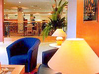 The guest lounge at City Continental London Kensington