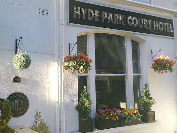 The entrance area at the Hyde Park Court Hotel