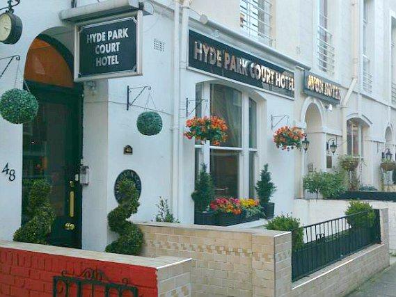Hyde Park Court Hotel is situated in a prime location in Paddingtonclose to Edgware Road