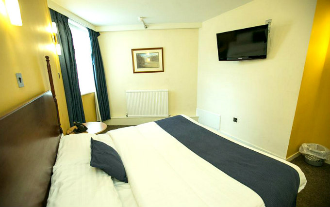 A double room at Osterley Park Hotel