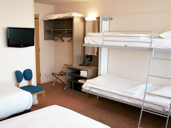 A typical dorm room at Vauxhall Hotel