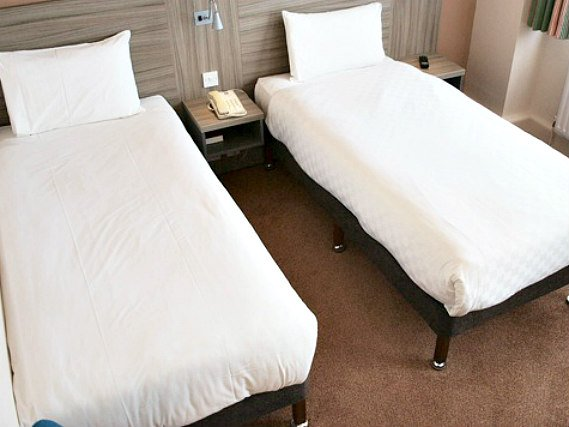 A twin room at Vauxhall Hotel is perfect for two guests