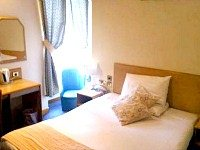 Double room at Devoncove Hotel Glasgow