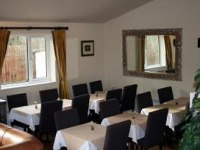 The breakfast room at the Mulberry Lodge