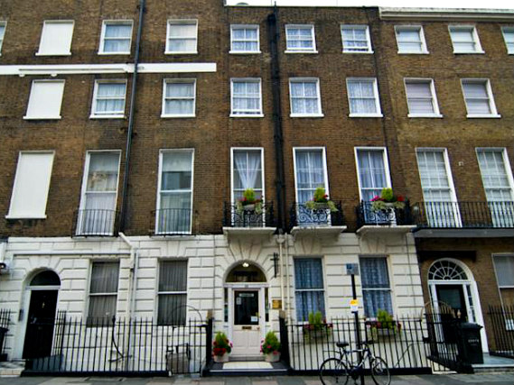 Boston Court Hotel is situated in a prime location in Paddington close to Marble Arch
