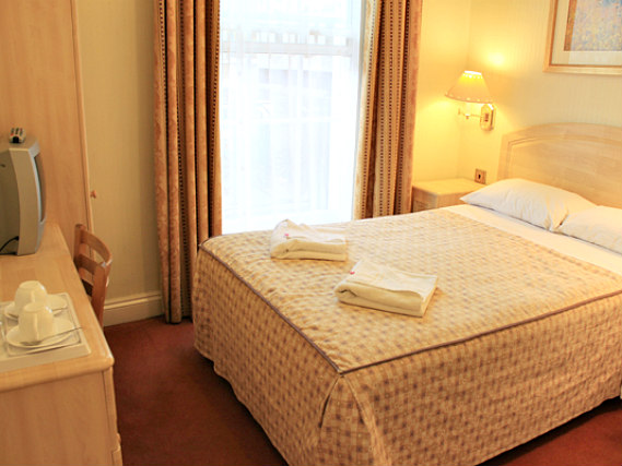 A double room at The Fairway Hotel London is perfect for a couple
