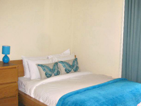 Spacious Double room at Assaha Hyde Park Hotel